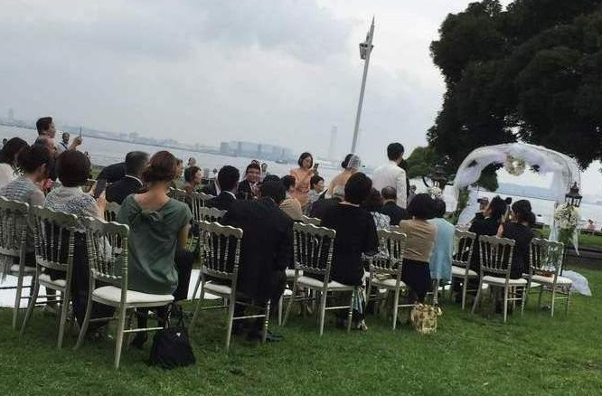 横浜・山下公園でウェディング(結婚式・挙式)を行うカップルが急増中?!