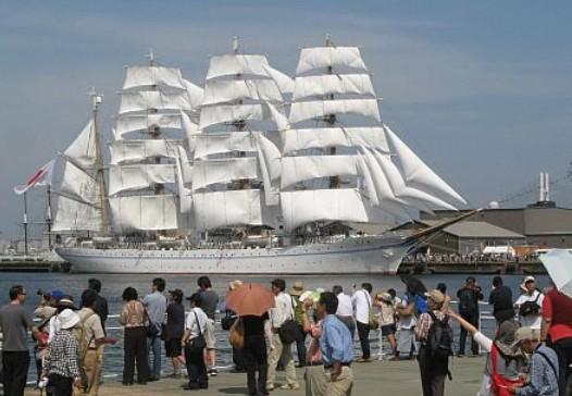 横浜・山下公園の一大イベント:「横浜開港祭」の由来・歴史 (2)