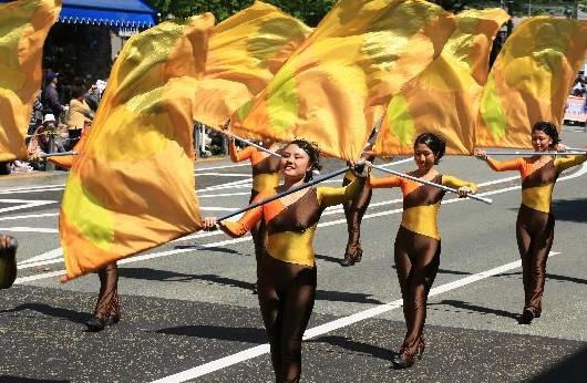 毎年恒例・横浜 山下公園のイベント:「ザ・よこはまパレード」